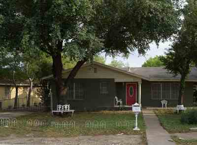 Single Family Home For Sale: 2715 Clark Blvd