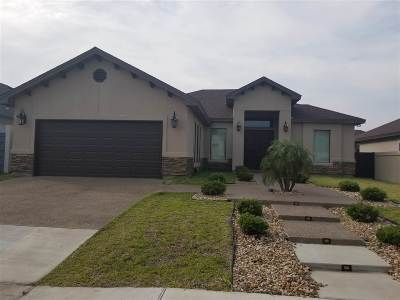 Laredo Single Family Home For Sale: 216 Canyon Oak Dr