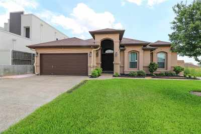 Single Family Home For Sale: 143 Pacifico Dr