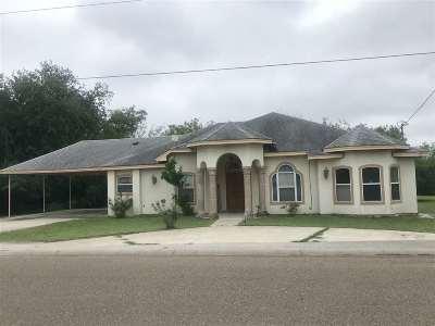 Zapata Single Family Home For Sale: 505 Cerrito Dr