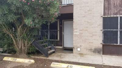 Condo/Townhouse For Sale: 4902 Marcella Ave #50