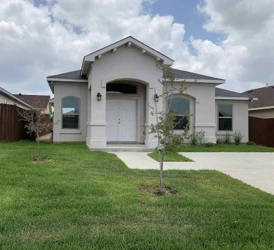 Laredo Single Family Home For Sale: 3503 Celso Cavazos Rd.