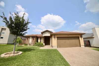 Laredo Single Family Home For Sale: 110 Senegal Palm Dr