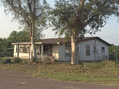 Zapata County Single Family Home For Sale: 126 N. Jab Dr.