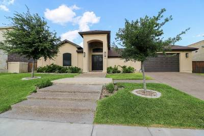 Laredo Single Family Home For Sale: 1308 Coahuila Loop