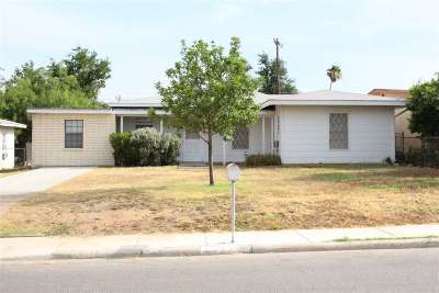 Laredo TX Single Family Home For Sale: $150,000