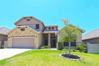 Single Family Home Option-Show: 111 Pacifico Dr