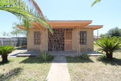 Zapata Single Family Home For Sale: 409 Glenn St