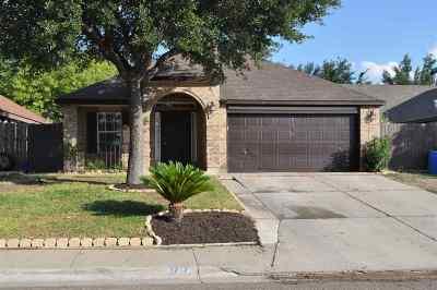 Laredo TX Single Family Home For Sale: $188,500