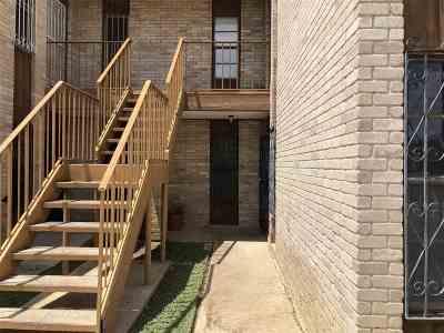 Laredo Condo/Townhouse For Sale: 100 Hillside Rd #107