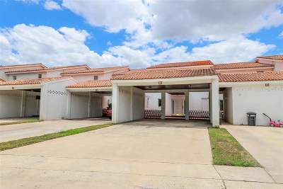 Condo/Townhouse Option-Show: 1800 Country Club Dr #9