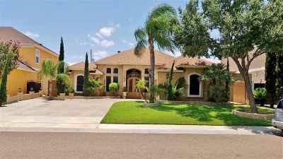 Laredo Single Family Home For Sale: 6610 Grande Bay Dr