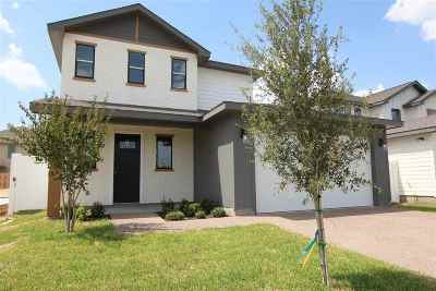 Single Family Home Active-Exclusive Agency: 1106 Larvotto Lp.