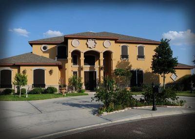 Laredo Single Family Home For Sale: 7519 Alejandra Ct