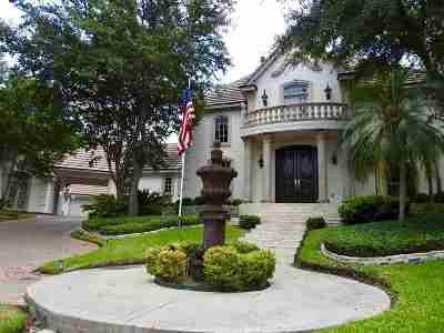 Laredo Single Family Home For Sale: 311 Ridge Rd