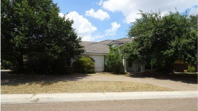 Single Family Home For Sale: 2318 Middlecoff Ln