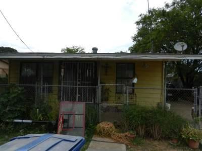 Laredo Single Family Home For Sale: 2818 Guerrero St