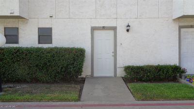 Laredo Condo/Townhouse For Sale: 100 E Village Blvd #10