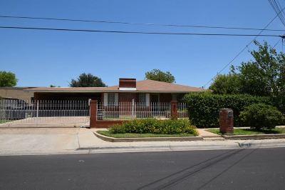 Laredo Single Family Home Option-Show: 1616 Rosario St