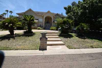 Laredo Single Family Home For Sale: 313 Linden Ln