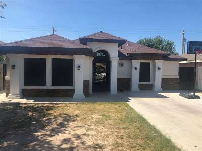 Laredo Single Family Home For Sale: 1525 Wilfrano Dr