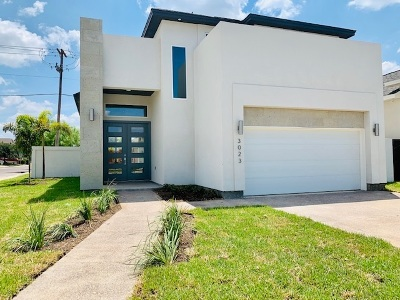 Laredo Single Family Home Option-Show: 3023 Beach Lane