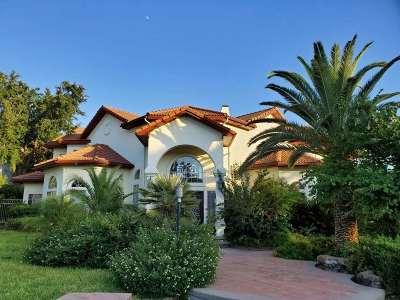Laredo Single Family Home For Sale: 117 Sunset Dr