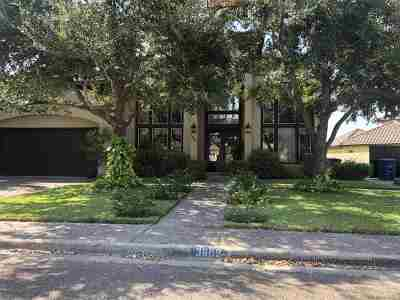 Laredo TX Single Family Home For Sale: $375,000