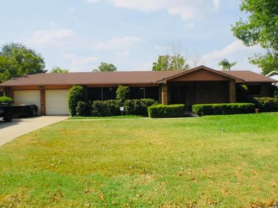 Laredo Single Family Home For Sale: 708 Dellwood Dr