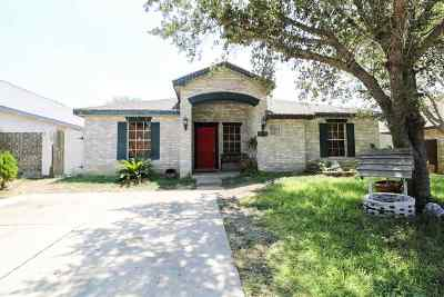 Laredo Single Family Home For Sale: 1815 Denmark Ln