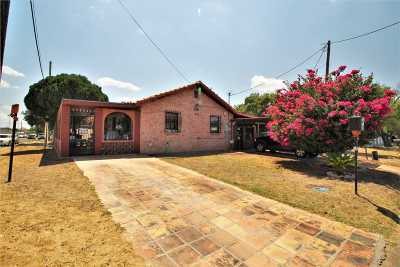 Laredo Single Family Home For Sale: 1919 E Plum St