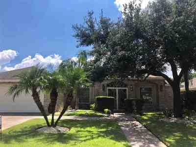 Laredo Single Family Home For Sale: 2409 Littler Ct