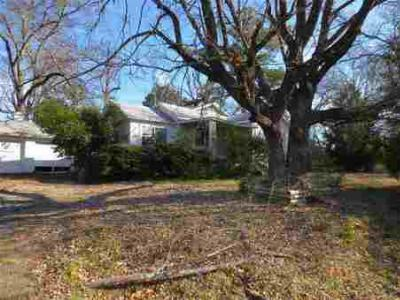 Gladewater TX Single Family Home Sold: $25,000