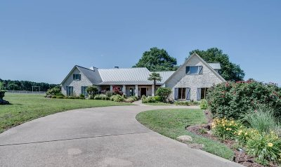 Single Family Home Sold: 1800 County Road 1512