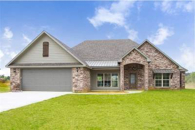 Diana Single Family Home Active, Option Period: 142 Majestic Ln.