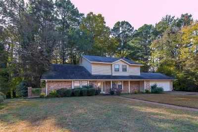 kilgore Single Family Home For Sale: 634 Town Oaks Circle