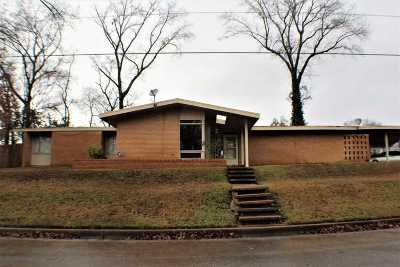 Longview TX Single Family Home For Sale: $125,000
