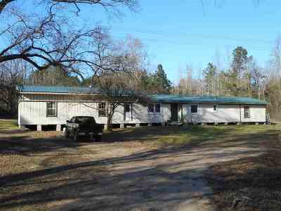Ore City Single Family Home For Sale: 12643 Sh 155