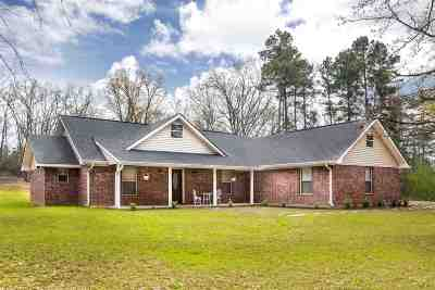 Gilmer Single Family Home For Sale: 5211 Osprey Rd