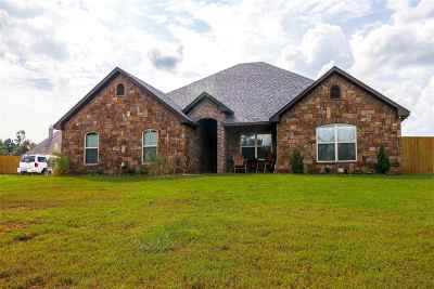 Gladewater TX Single Family Home For Sale: $299,000