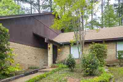 Longview Single Family Home For Sale: 703 Orchard