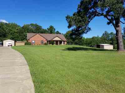 Gladewater Single Family Home For Sale: 9212 Locust Road