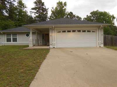 Gladewater TX Single Family Home Active, Option Period: $168,900