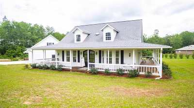 Gladewater Single Family Home For Sale: 16464 County Line Rd.