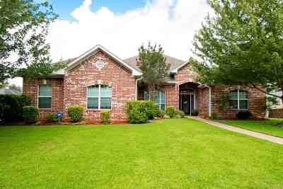 Single Family Home For Sale: 3707 Cabec Dr