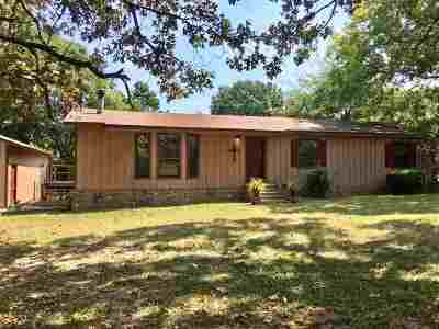 Gilmer Single Family Home For Sale: 732 Machen Lane