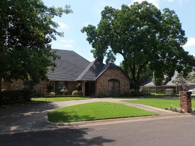 Kilgore Single Family Home For Sale: 4 Pine Manor Circle