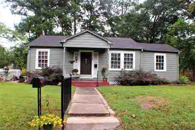 Gilmer Single Family Home For Sale: 719 N Bledsoe Street