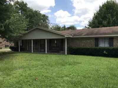 White Oak Single Family Home For Sale: 110 Larkspur St
