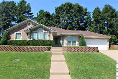 Longview TX Single Family Home Active, Option Period: $172,500